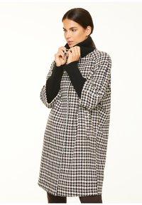 comma - Classic coat - black camel houndstooth - 3