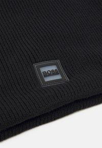 BOSS Kidswear - SNOOD UNISEX - Snood - black - 2
