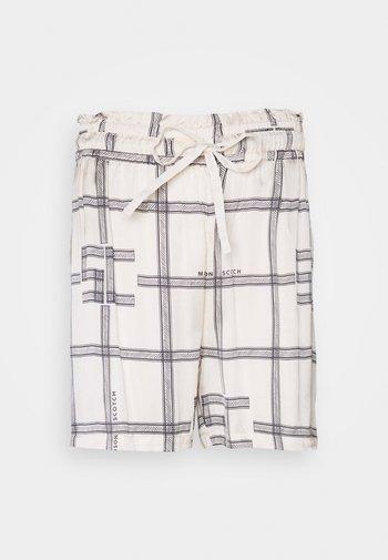 DRAPEY SHORTS WITH ALLOVER  - Shorts - combo