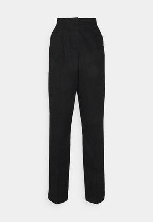VMCHARLIE LOOSE PANT - Kalhoty - black