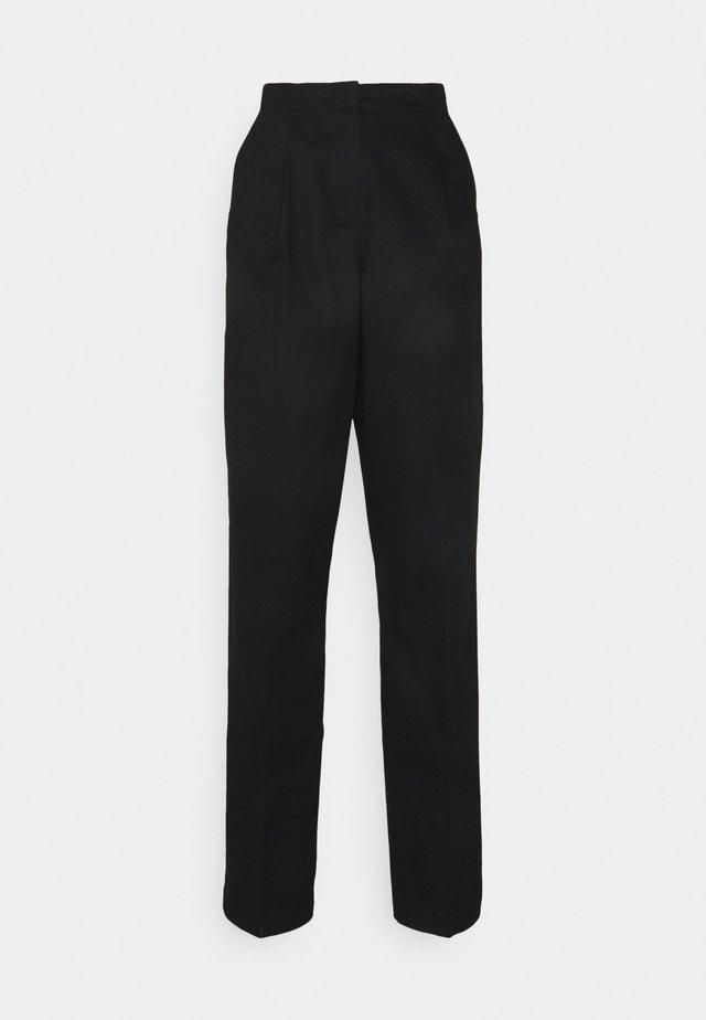 VMCHARLIE LOOSE PANT - Trousers - black
