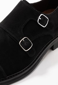 Selected Homme - SLHFILIP MONK SHOE  - Slip-ons - black - 5