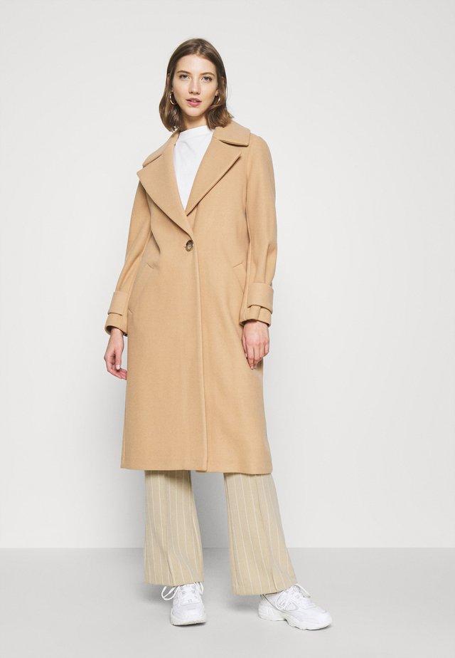 Classic coat - brown light