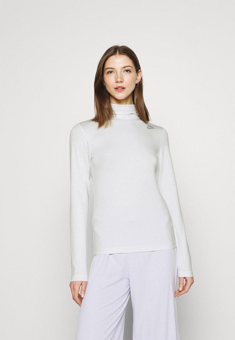 Nike Sportswear - MOCK - Top sdlouhým rukávem - platinum tint