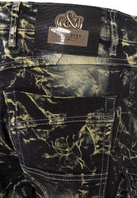 Cipo & Baxx - COOLER WASCHUNG UND ZIERNÄHTEN - Straight leg jeans - khaki - 6