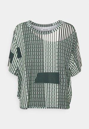 STONE GRABBER TEE - Print T-shirt - offwhite