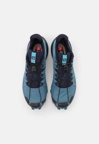 Salomon - SPEEDCROSS 5 - Běžecké boty do terénu - bluestone/night sky/delphinium blue - 3