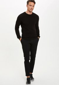 DeFacto - JUMPER - Strickpullover - black - 1