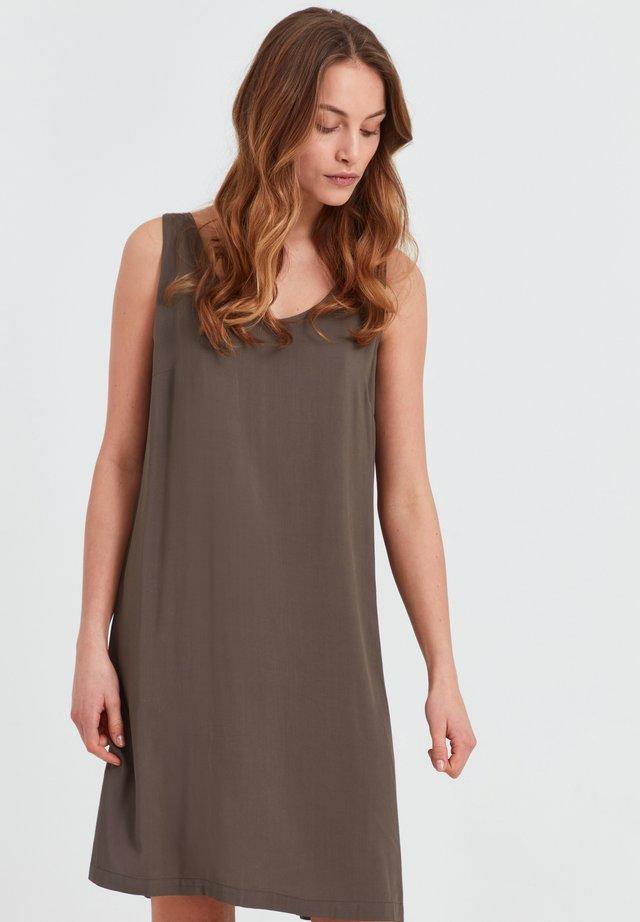 NELLY - Sukienka letnia - wren