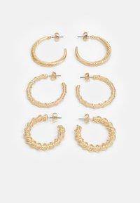 PCLALY HOOP EARRINGS 3 PACK - Náušnice - gold-coloured