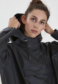 ICHI - IHTAZI  - Waterproof jacket - dark navy - 3