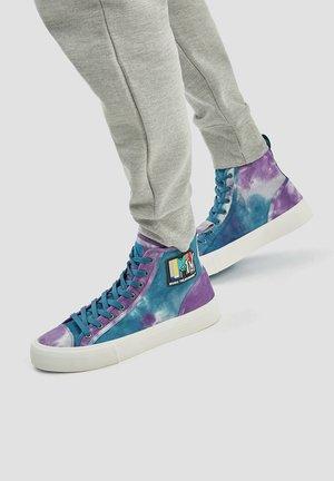 MIT TIE-DYE - Höga sneakers - multi-coloured