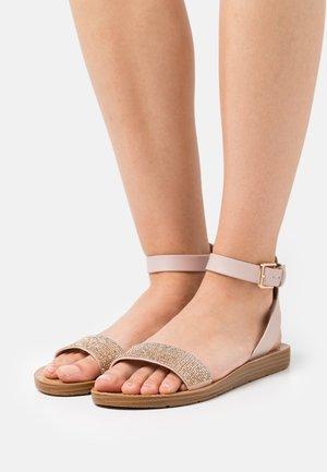 KEDAREDIA - Sandals - light pink