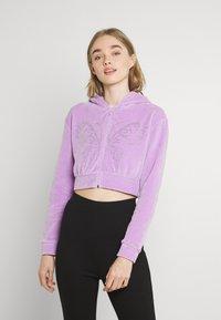 NEW girl ORDER - DIAMANTE BUTTERFLY HOODIE - Zip-up sweatshirt - lilac - 0