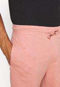 Brave Soul - BARKERB - Shorts - winter pink - 4