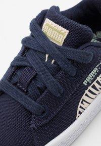 Puma - BASKET T4C UNISEX - Sneakers laag - navy - 5