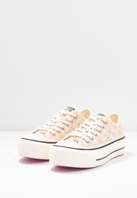 Converse - CHUCK TAYLOR ALL STAR LIFT - Baskets basses - colorway - 4