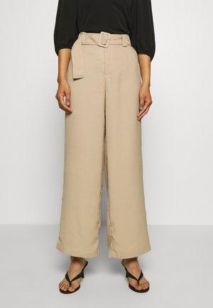 FREJA TROUSERS - Trousers - sand