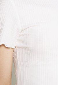 ONLY - ONLEMMA HIGHNECK - T-shirts - egret - 5