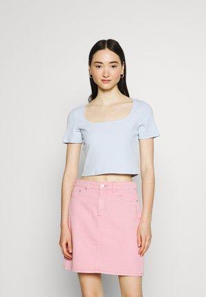 CORA - T-shirts basic - light blue