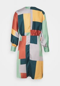 Closet - CLOSET GATHERED KIMONO DRESS - Cocktail dress / Party dress - green - 1