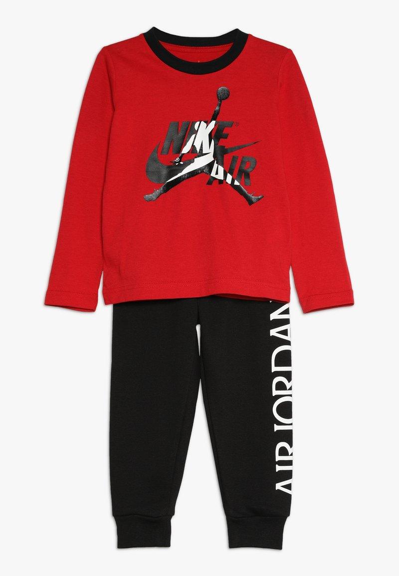 Jordan - JUMPMAN CLASSIC JOGGER SET - Träningsset - black/gym red