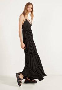 Bershka - MIT TRÄGERN - Maxi dress - black - 1