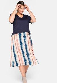 Sheego - A-line skirt - weiß bedruckt - 2