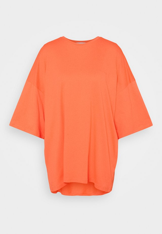 OVERSIZED CREW NECK  - T-shirts basic - orange