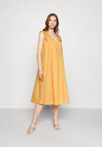 Vero Moda - VMLANIE DRESS - Vestido informal - cornsilk - 3