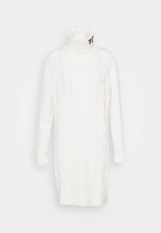 TURTLE NECK DRESS - Abito in maglia - snow white