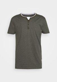 Pier One - T-Shirt basic - mottled olive - 5