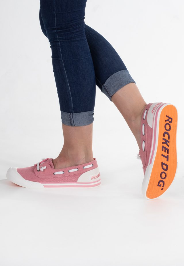 Chaussures bateau - pink