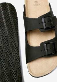 Next - BROWN TWO BUCKLE SANDAL - Slippers - black - 3