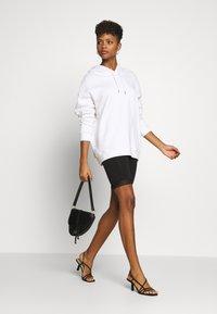 Noisy May - NMNAYA - Shorts - black - 1