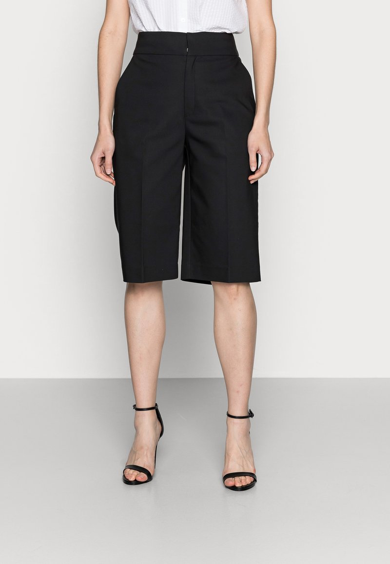 InWear - ZELLAIW BERMUDA - Shorts - black