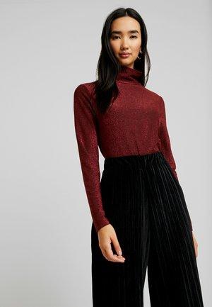 Stickad tröja - black/raspberry/tawny port