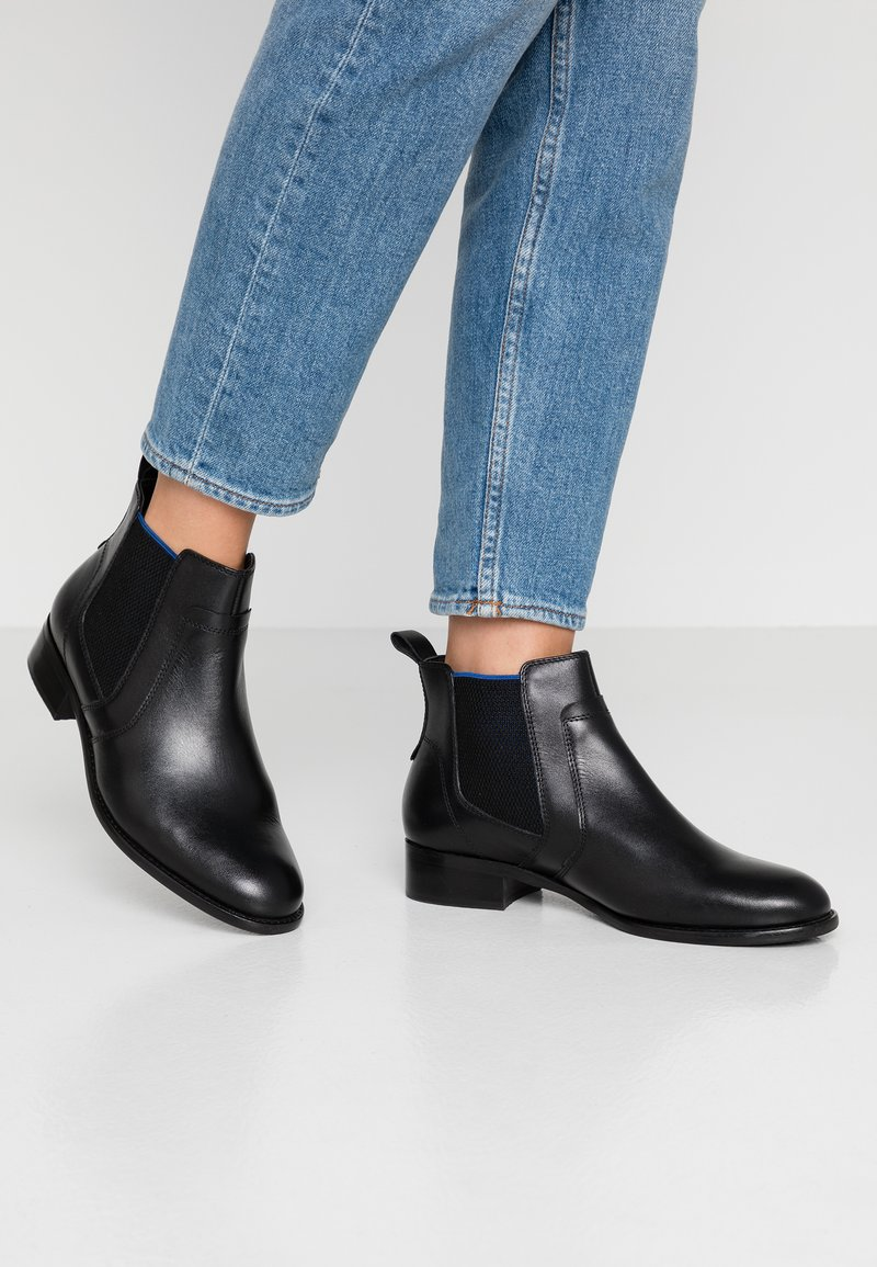 Pier One Wide Fit - Ankle boots - black