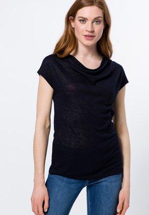 MIT WASSERFALLAUSCHNITT - Basic T-shirt - dark blue
