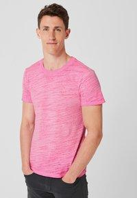 s.Oliver - Basic T-shirt - pink - 0