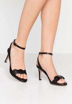 Sandaler med høye hæler - nero