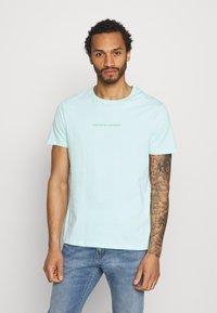 YOURTURN - UNISEX - T-shirt med print - mint - 0