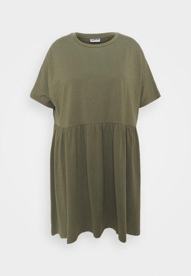 NMKERRY SHORT DRESS - Jerseyklänning - kalamata