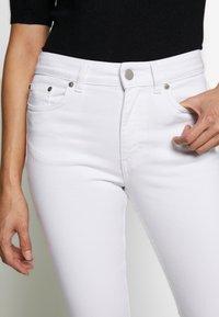 Filippa K - STELLA CROPPED - Skinny džíny - white - 4