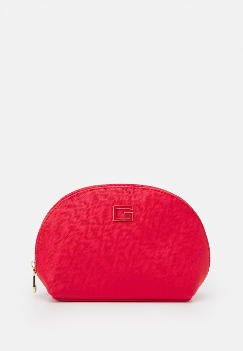 Guess - NOHEA DOME - Trousse - cherry