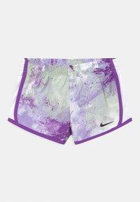 Nike Sportswear - SKY DYE TEMPO SET - Print T-shirt - purple chalk - 2