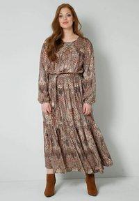 Sara Lindholm - WEB - Maxi dress - braun/smaragd - 1