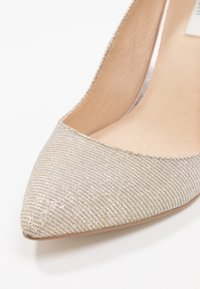 KIOMI - High heels - gold - 2