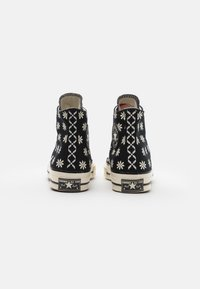 Converse - CHUCK TAYLOR ALL STAR 70 UNISEX - High-top trainers - black/egret - 2