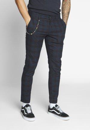 ONSMARK TAP CHECK CHAIN  - Trousers - black